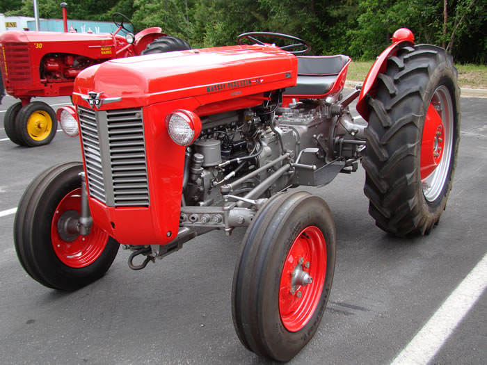 1961 Massey Ferguson 35 Diesel : Netpursual image mf deluxe tractor