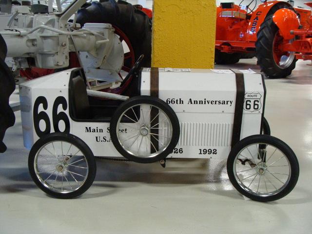 pedal-car-white